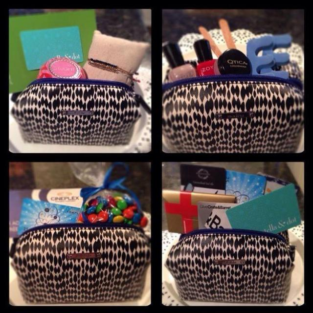 Pouf with goodies stella & dot